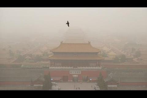 大陸新聞解讀502期_嚴真點評 : C919上天, PM10破千