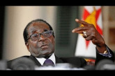 大陸新聞解讀526期_嚴真點評+外交部大實話:津巴布韋總統穆加貝被趕下台,中共外交部如是說